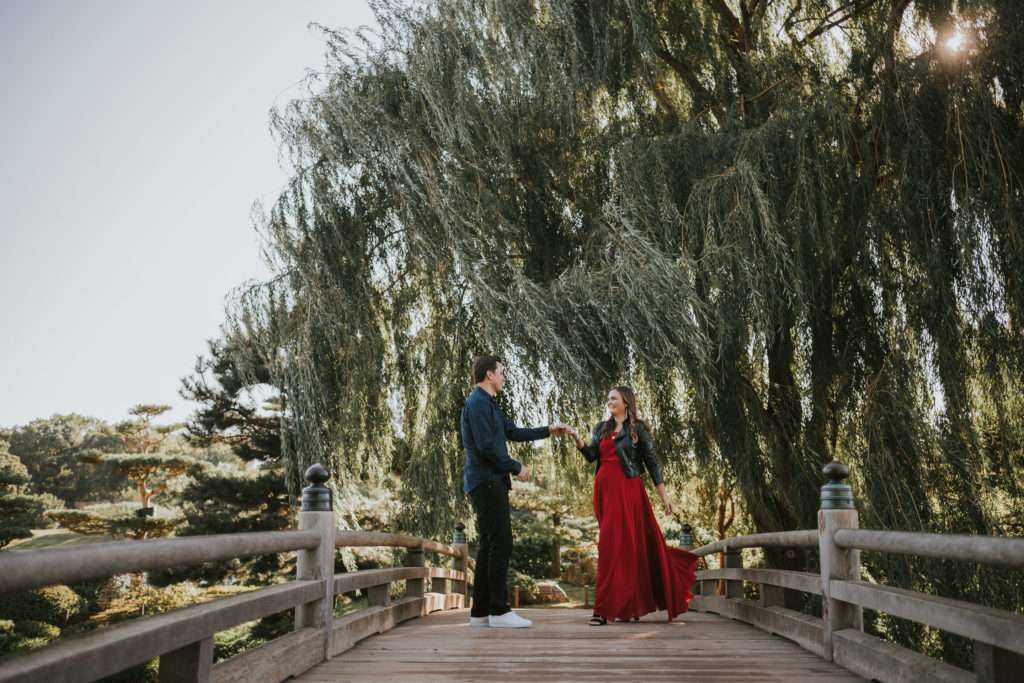 featured, chicago botanic garden, chicago, photographer, photography, couples session, couple, engagement, session, illinois, botanic garden, nature, lifestyle, documentary,
