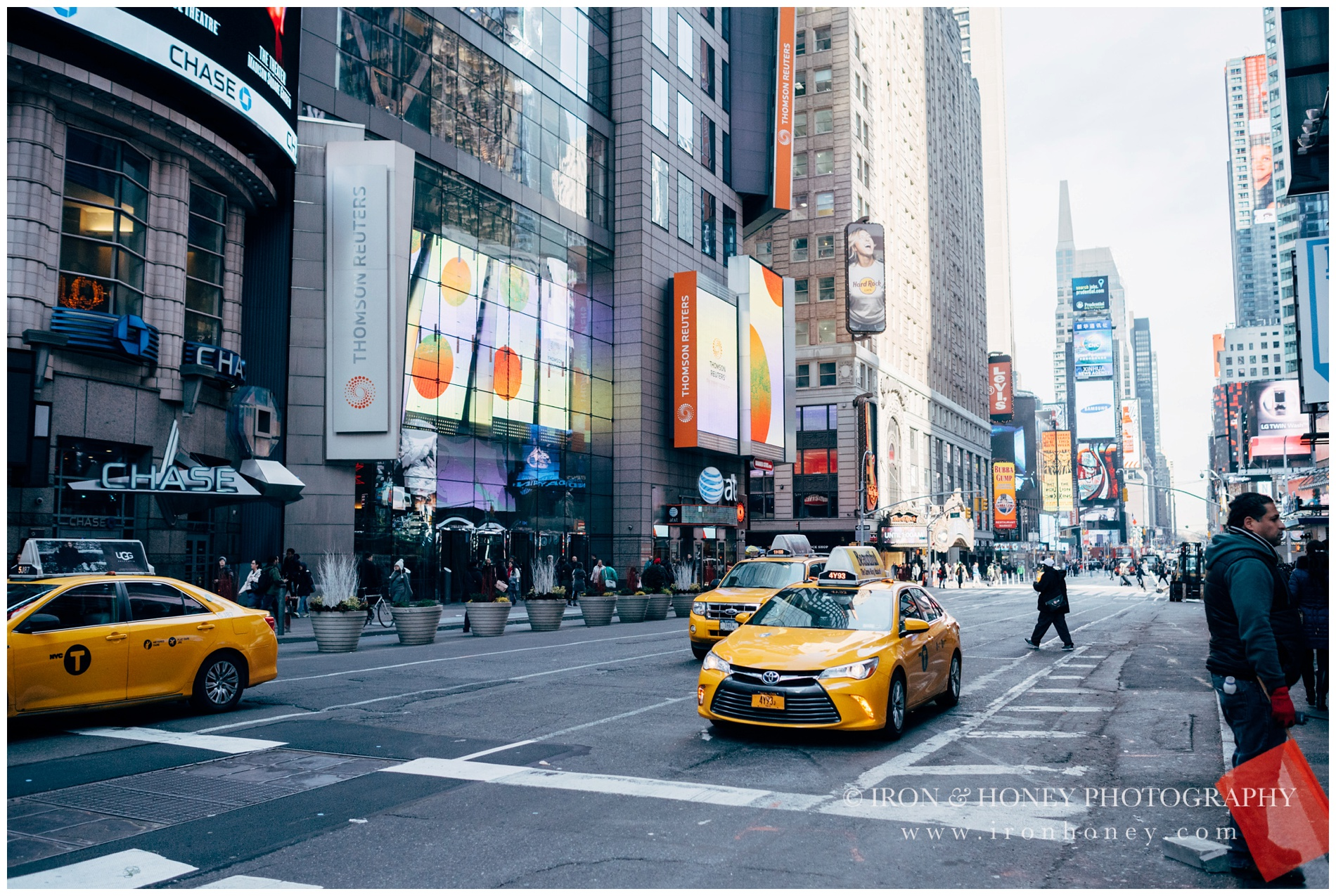 iron and honey, travel, new york, times square, central park, chicago, photographer, photography