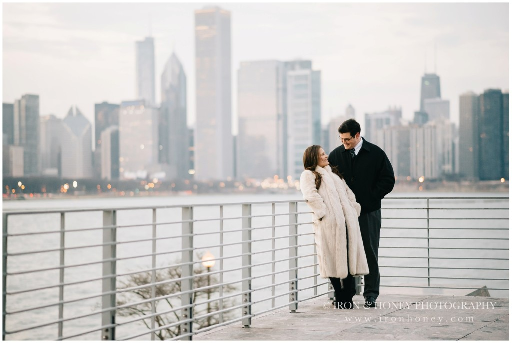 chicago, anniversary session, lifestyle photographer, iron and honey, skyline, sunset, chicago river, chicago bridge, chicago engagement photographer, chicago wedding photographer, lake michigan