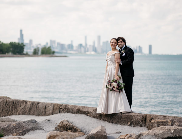 promontory point, chicago, hyde park, lake michigan, wedding, wedding photographer, elopement, photography, engagement photographer, northwest indiana, university of chicago, illinois,