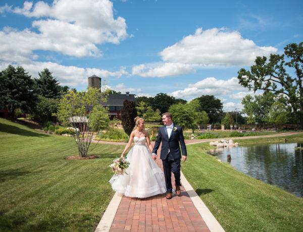 fishermen's inn, elburn, illinois, wedding, chicago, wedding photographer, wedding photography, pink wedding dress, tara keely