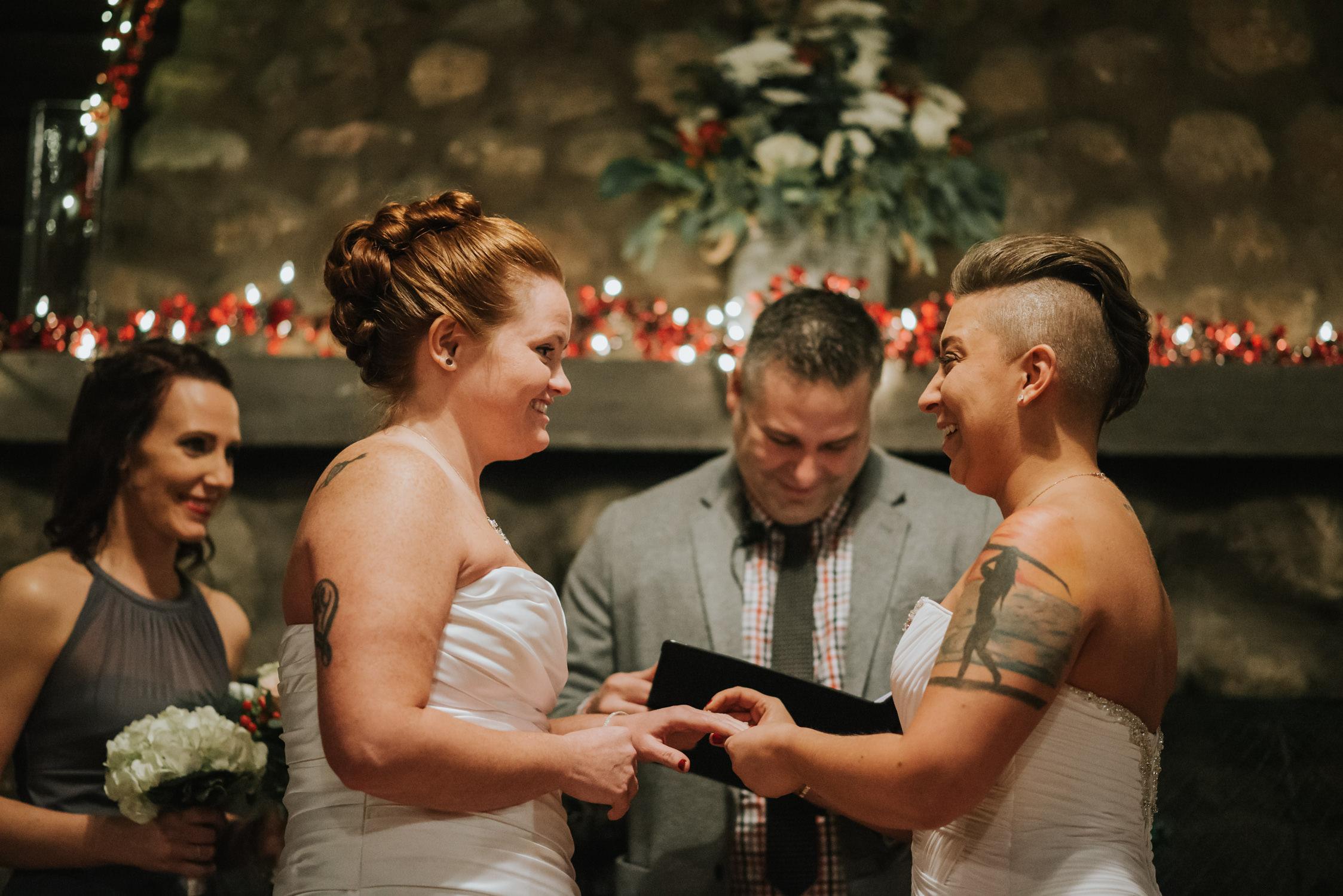 chicago, wedding photographer, northwest indiana, chicagoland, midwest, wedding, elopement, intimate, small, intimate wedding, photographer, photography, non-traditional,