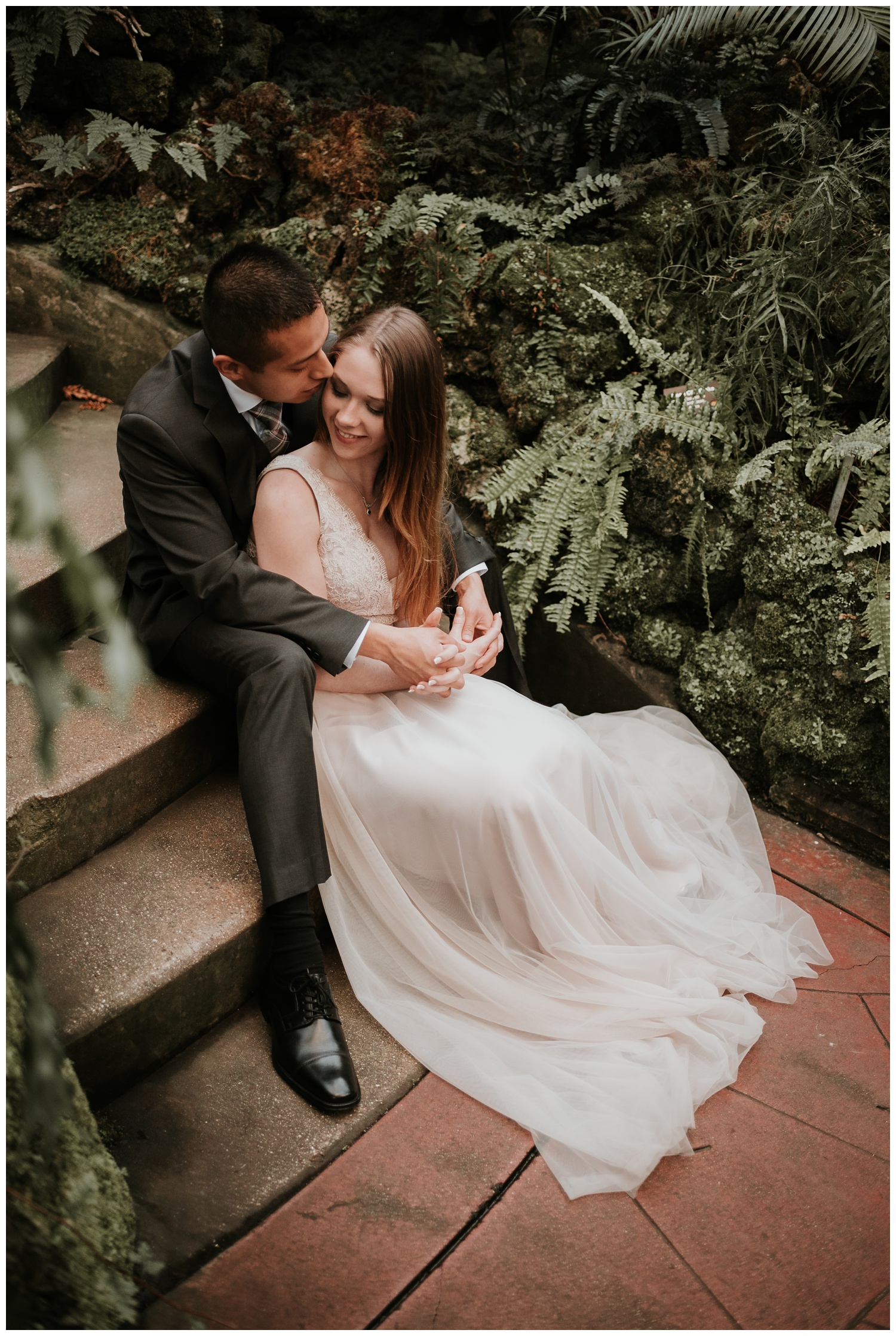 Lincoln Park Conservatory; North Avenue Beach Couple Session