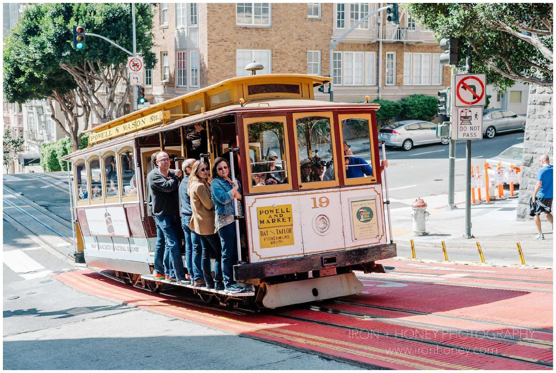 san francisco, berkeley, oakland, california, travel, photography, photographer, chicago, mr holmes bakehouse, golden gate bridge, painted ladies, trolley, cable car, fairmont,
