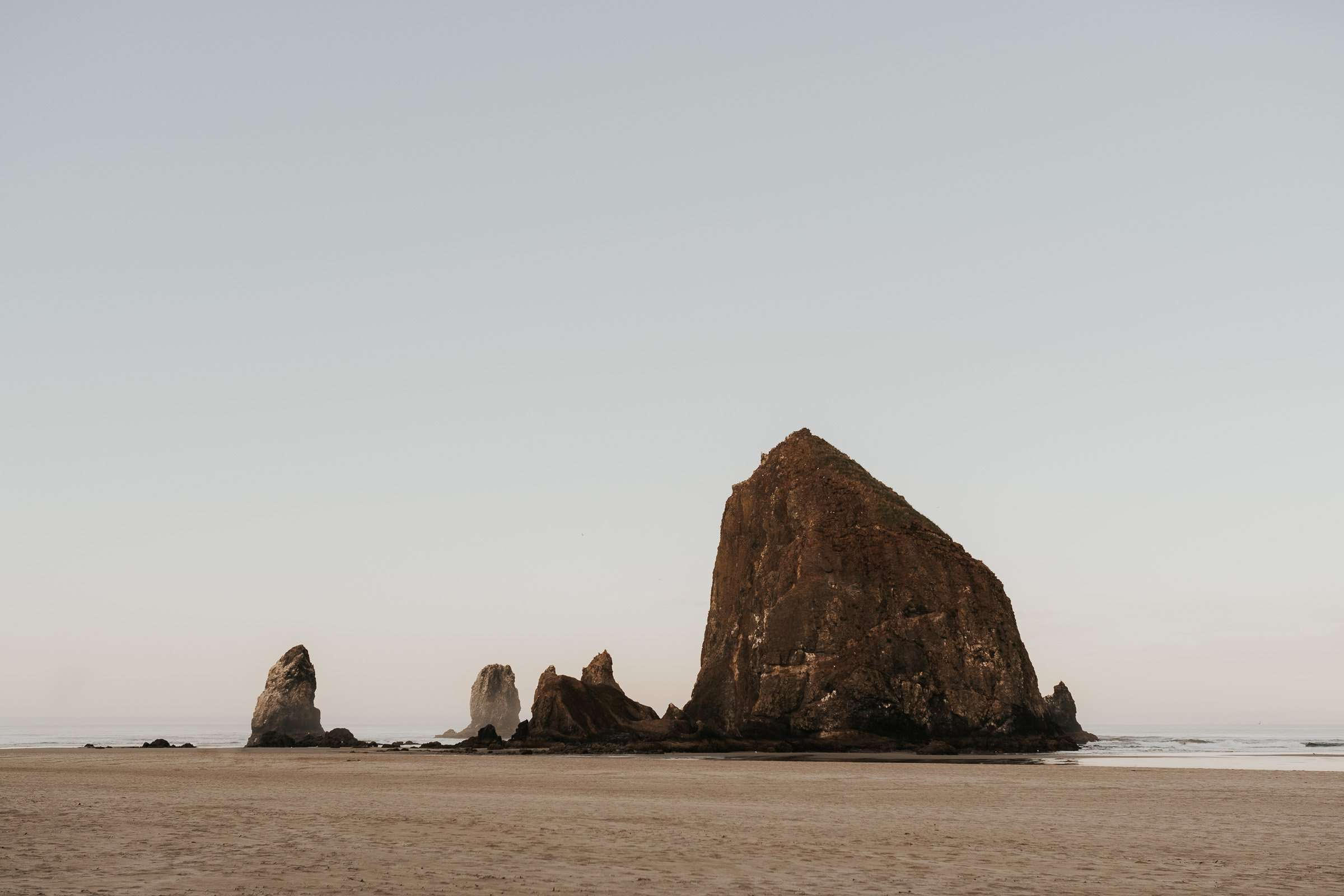 travel photography, oregon, pnw, pacific northwest, west coast, cannon beach